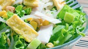 salata sa kukuruzom i šunkom